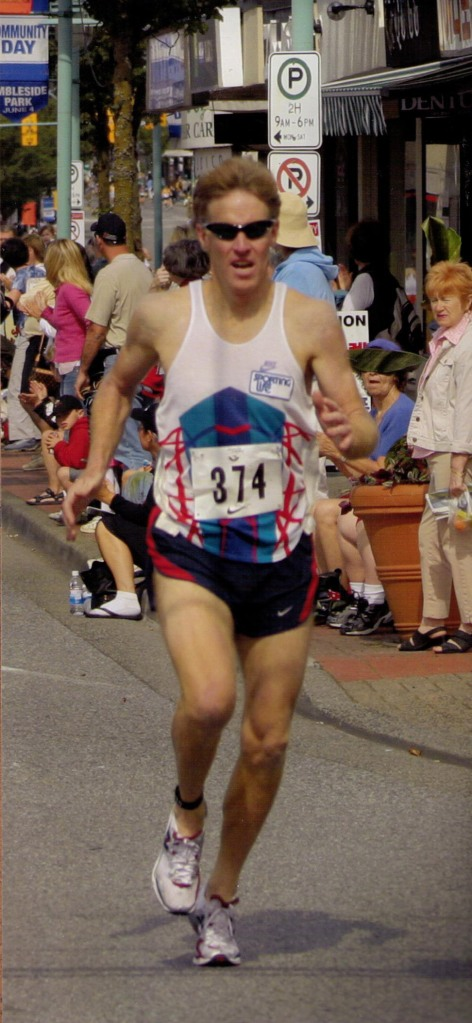 Photo of Dave Reed at the Ambleside Mile.