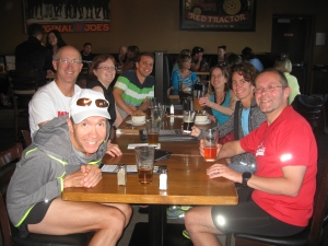 Phoenixers post-run at Original Joe's.