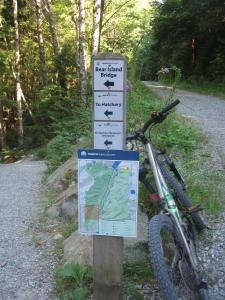 Spur 4 gravel road