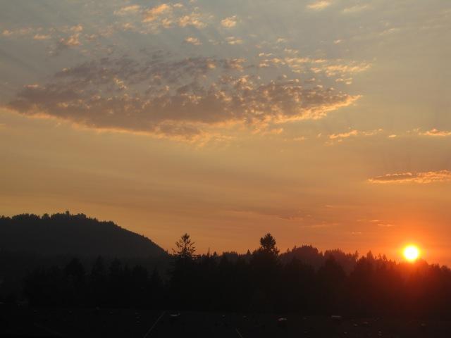 SunsetFleckedCloud.JPG